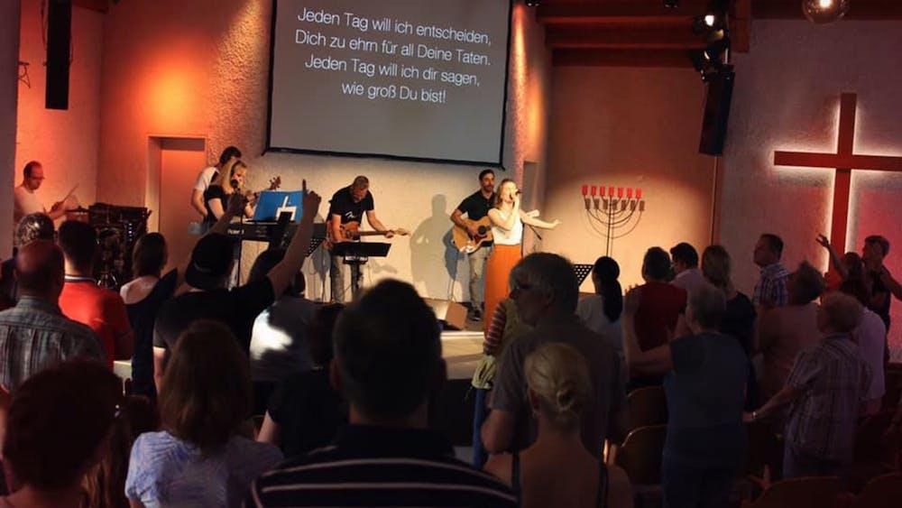 Life Kirche bisher Christengemeinde Ecclesia Langenfeld